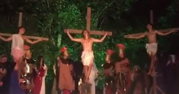 Навиставі про розп'яття Христа глядач побив актора, щоб «врятувати Ісуса»