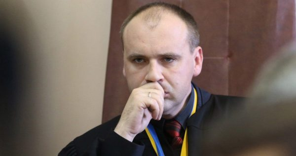 Олександр Бобровник