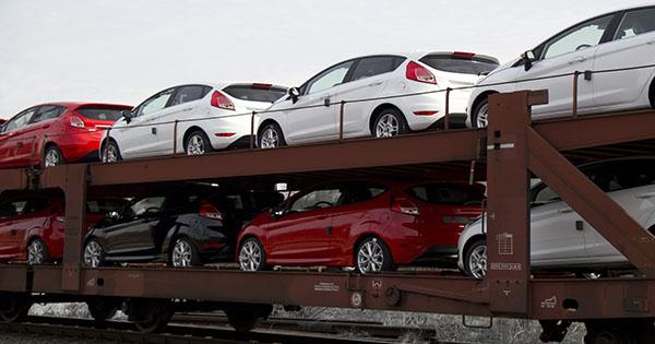 ВРаде предложили новые ставки растаможки авто на«еврономерах»