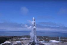 Space X запустила Falcon 9 із сімома супутниками