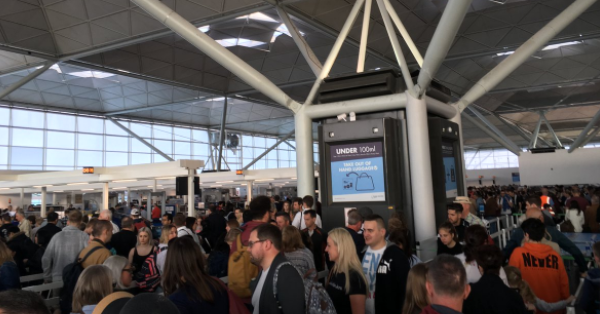 Аеропорт Лондона
