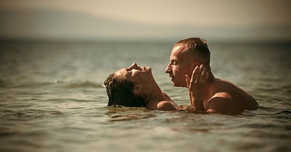 Яй займатися сексом у басейн