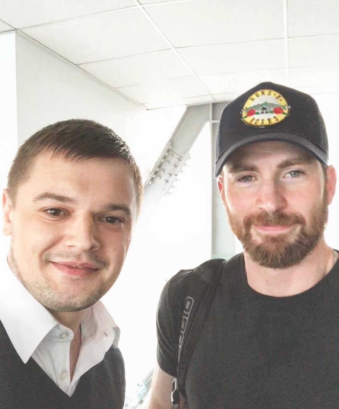 Кріс Еванс в аеропорту Бориспіль
