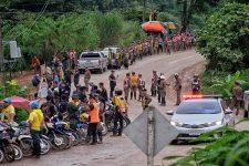 Порятунок дітей у Таїланді