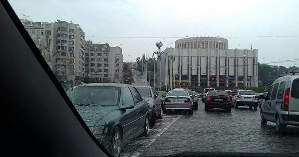 Мітинг під ВР: рух у центрі Києва заблоковано