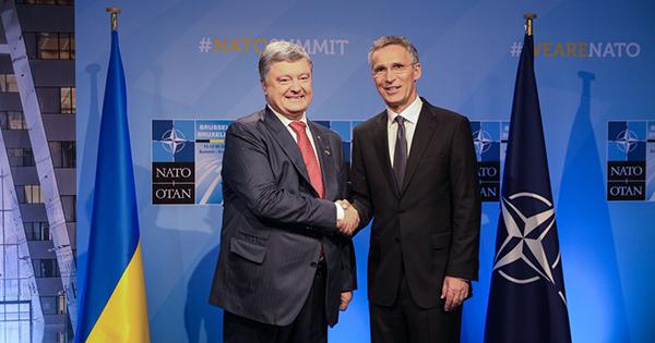 Петро Порошенко та Єнс Столтенберг