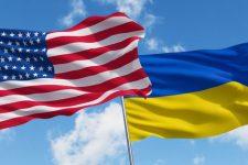 Сенаторы США в Киеве: о чем договорились и с кем встретились