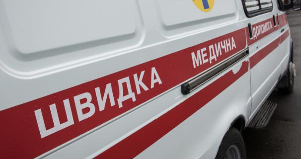Употребляли алкоголь и еду: в Николаеве возле кафе умерли двое дальнобойщиков