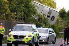 В Англії перекинувся автобус