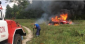 дівчина заїхала в багаття і спалила авто