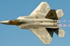 Винищувач F 22