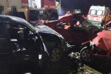 На Одещині зіткнулися два BMW: тіла загиблих вирізали з авто