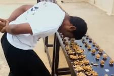 Індус розбив головою 217 горіхів