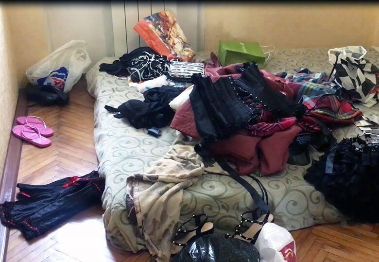 Киянка відкрила в квартирі
