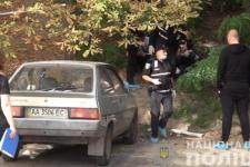 У Києві жінка викинула немовля на смітник