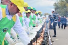 У Казахстані приготували шашалик-рекордсмен