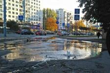 Озеро на дорозі