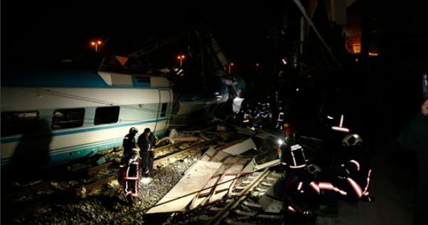 В Анкарі поїзд зійшов з рейок: семеро загиблих, десятки поранених