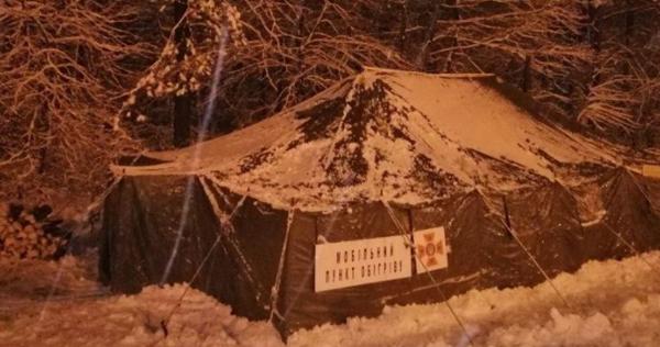 Негода в Україні: без світла 170 сіл, Київ закрили для фур