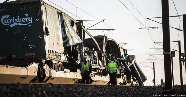 Залізнична катастрофа в Данії: загинули 6 осіб, багато постраждалих