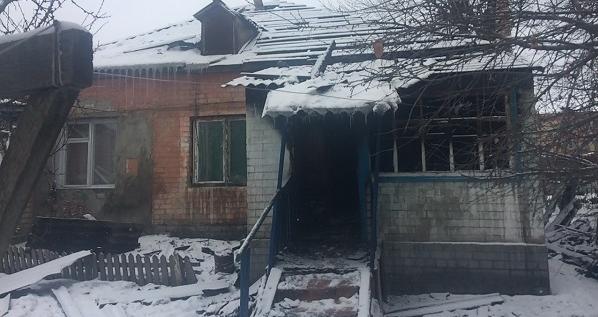 Під Харковом у пожежі загинули 17-річна жінка та її 4-місячний син