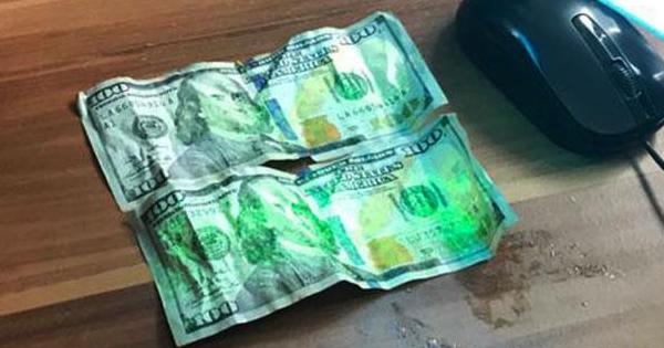 Прикордонник ледь не з'їв $200 хабара під час затримання
