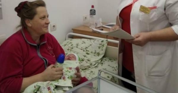 На Ровенщине 44-летняя женщина родила 19 ребенка