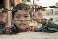 У Пакистані заборонили бити дітей