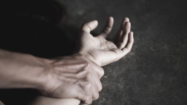 На Прикарпатті жінка померла після жорстокого зґвалтування