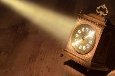 Переход на летнее время 2020: когда переводить часы