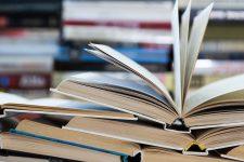 Новинки от сотен издательств: в Киеве стартовал Книжный арсенал