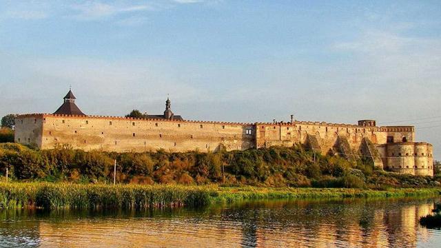 Хотинська фортеця потрапила у 7 найкрасивіших замків та фортець