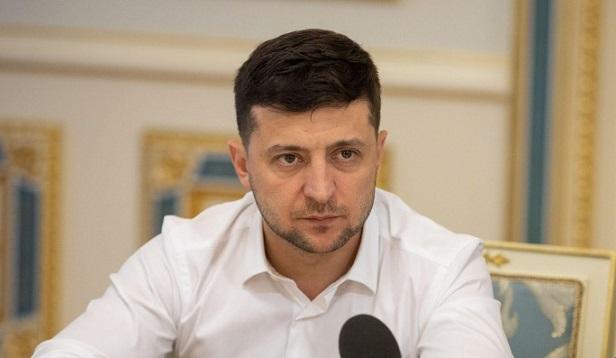 Зеленский подписал законы о кэшбеке и кассовых аппаратах