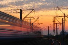 Укрзалізниця призначила додаткові поїзди до 8 березня – напрямки