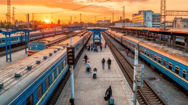 Укрзалізниця призначила ще 13 поїздів на Новий рік