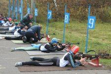 Без рушниць і патронів десятки років: українські біатлоністи тренуються в жахливих умовах