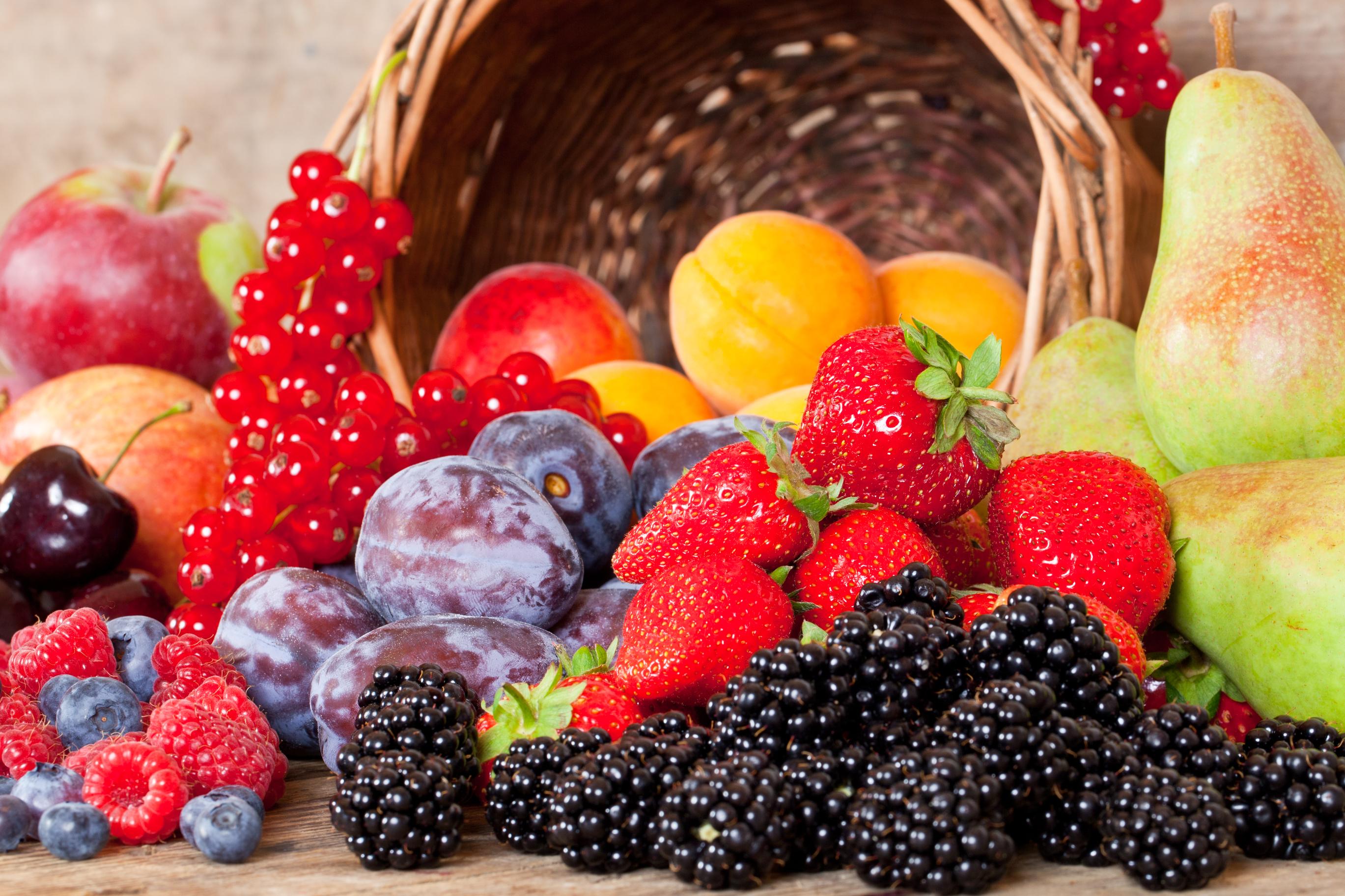 картинки фрукты и ягоды и леди