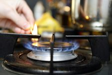 Ціну на газ суттєво знизять влітку – Коболєв
