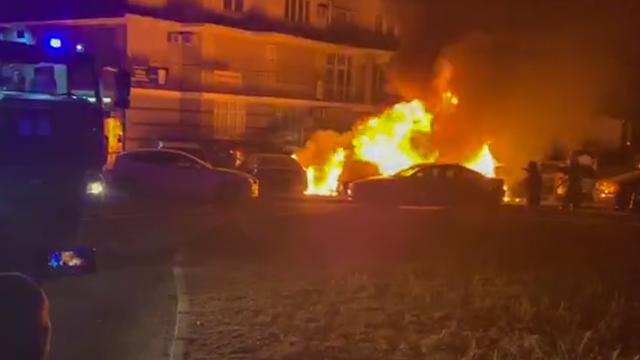 У Києві спалили три автівки