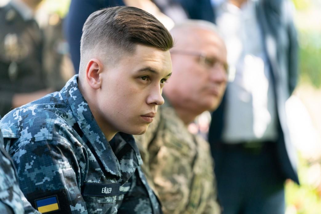 Звільнені з полону моряки отримають квартири в Одесі