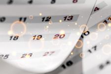 Выходные в 2021 году: Кабмин перенес три рабочих дня