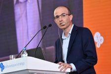 Захоплення Криму змінили на приєднання – Харарі про переклад своєї книги у РФ