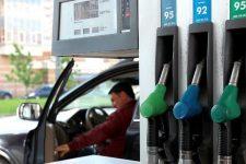 Почему укрепление гривны не снизило цены на топливо