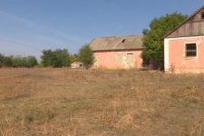 Один ученик, газа и врачей нет. Как живут деревни-призраки в Украине