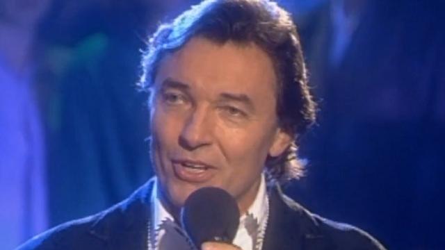 Помер чеський співак Карел Готт