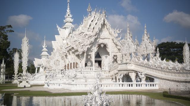 білий храм