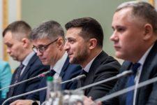 Зеленский отказался бриться, пока Россия не вернет корабли