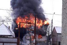 Пожежа в магазині будматеріалів на Закарпатті: вигоріло 2 тис. кв. м