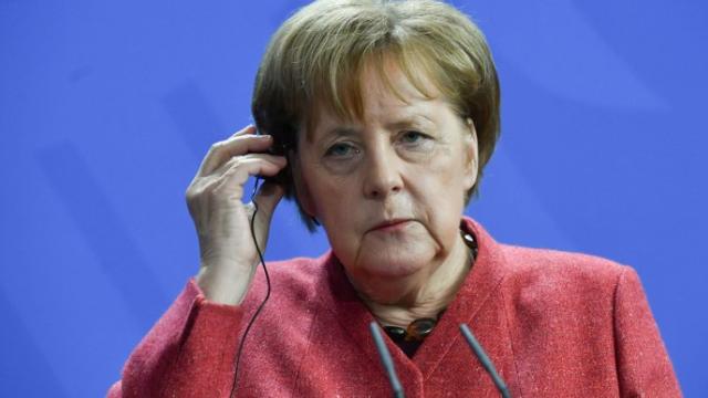Нормандская встреча: Меркель прибыла в Париж