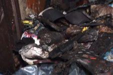 Свалка в квартире: на Прикарпатье сумасшедшие жители терроризируют дом
